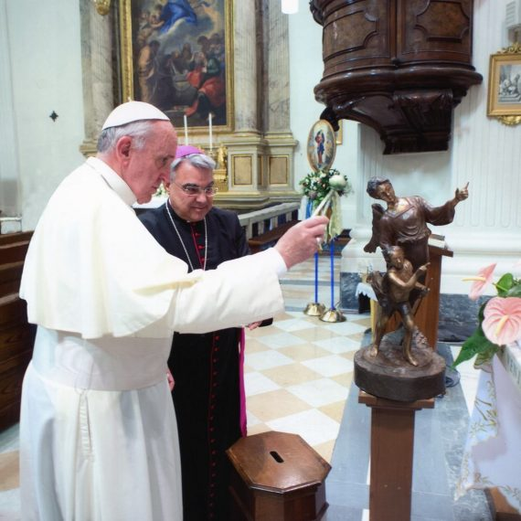 Benedizione Papa Francesco - Angelo del Lago / Angel of the lake - blessed by Pope Francis