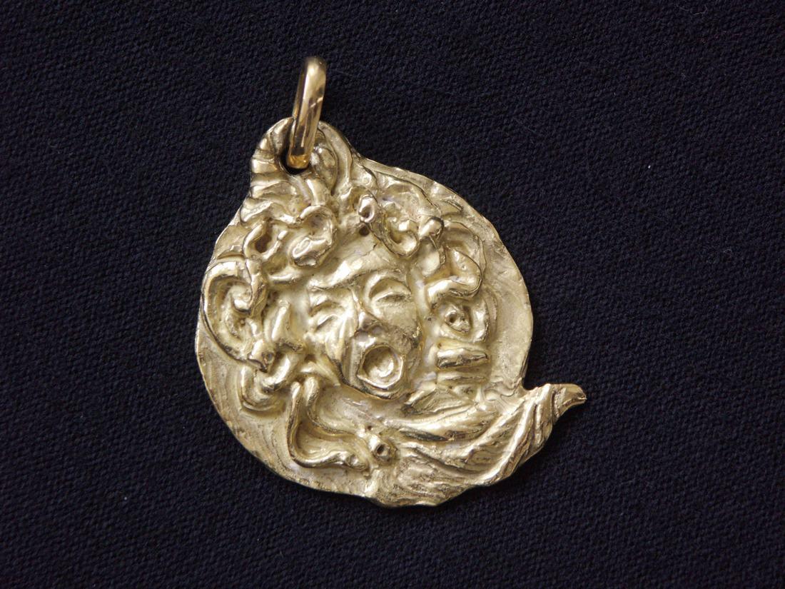 Gioielli in una sola raccolta - Piccola Medusa